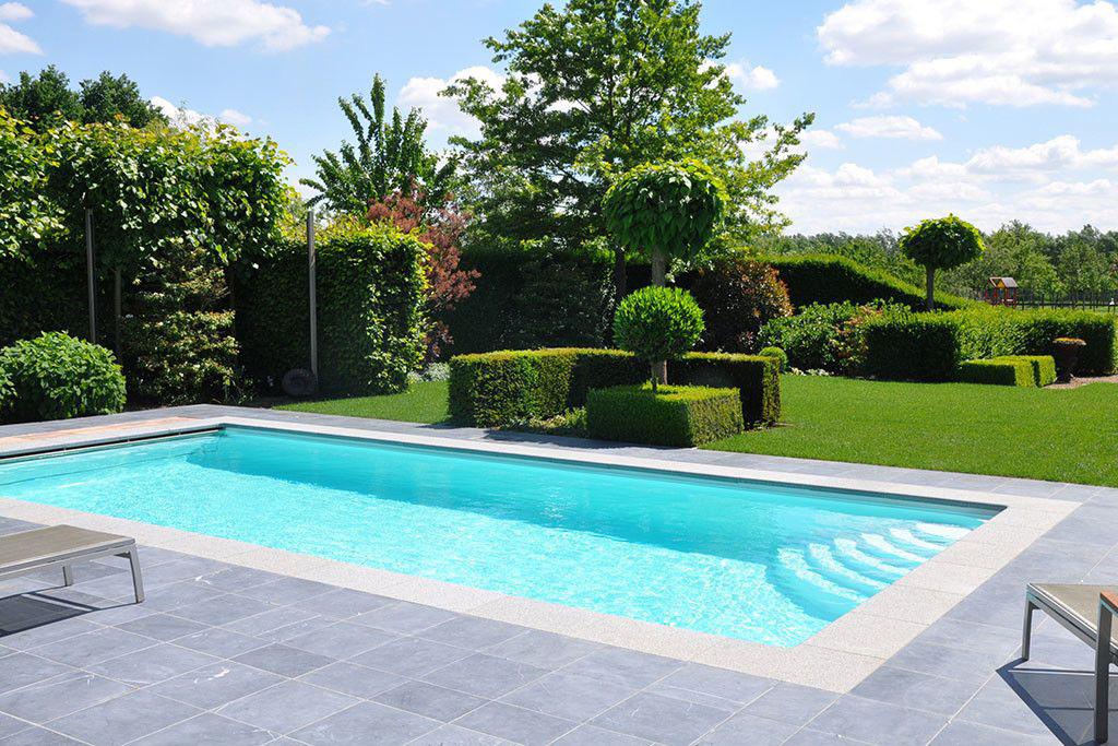 Zwembad van aquazure veilig en energievriendelijk for Afmetingen zwembad tuin